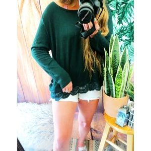 Sweaters - Forest green lace trim sweater 🍃